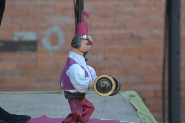 viktor-antonov-marionetas-7