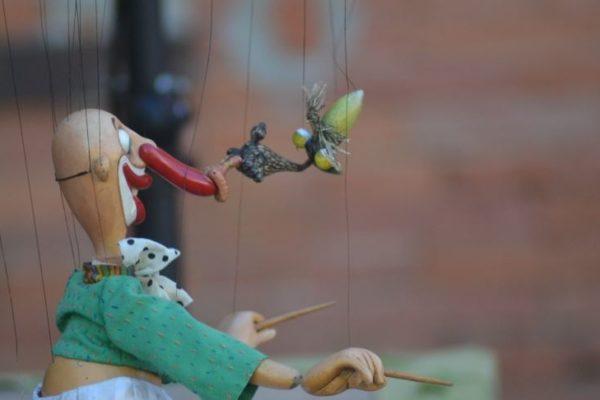 viktor-antonov-marionetas-8