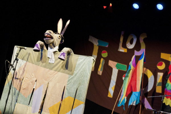 Titiriteros de Binéfar. Canciones de Titiriteros. Teatro Arbole. Zaragoza. Noviembre. 2014