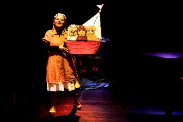 05-Teatro-Los-Claveles-Hermosinda