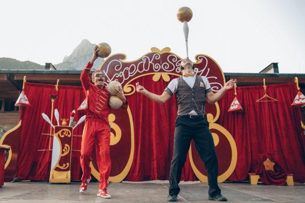 1-Freak-Show-Circo-La-Raspa
